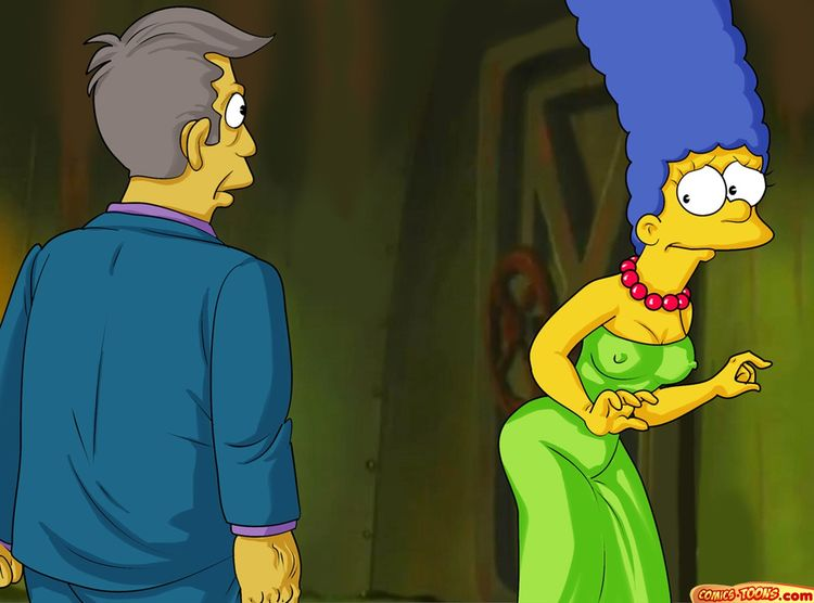 Seymour Skinner has fun with Marge - 001